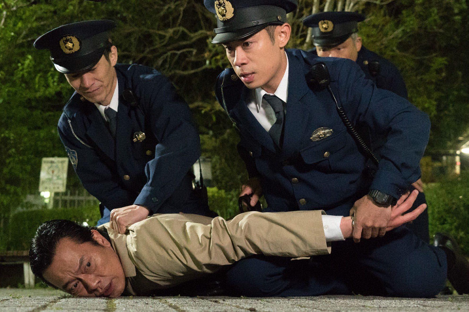 テレ朝POST伊藤淳史が初めて逮捕したのは…。痴漢冤罪を描いた『白日の鴉』、遂に今夜!