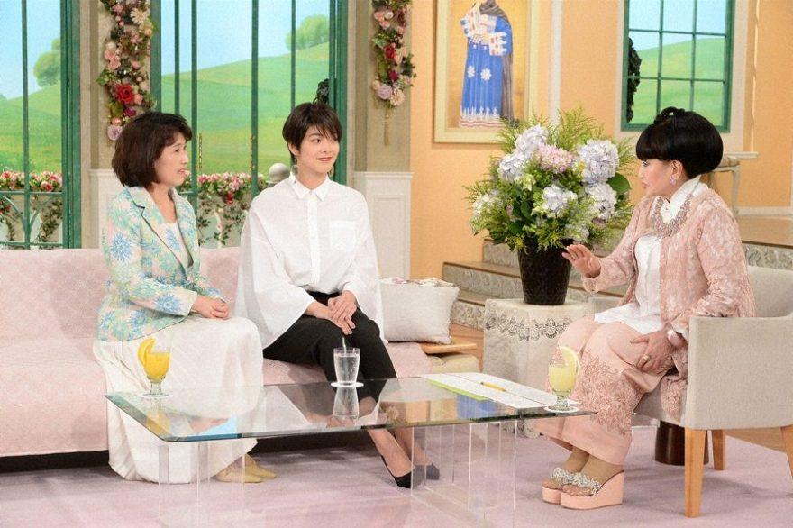 テレ朝POST » 沢田亜矢子、33年前に米で極秘出産した娘と登場 徹子が ...