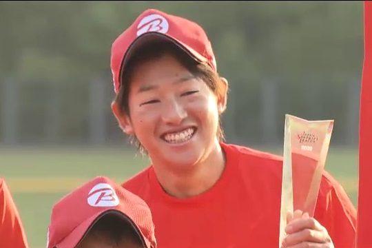 レジェンド・上野由岐子を育てた秘話。試合中にビンタ…母の厳しさと…